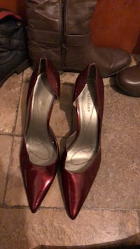pair of red leather pointed-toe heeled shoes Washington, 20017
