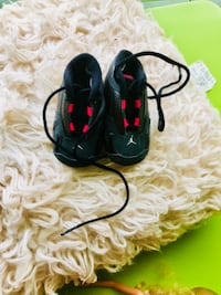 How adorable these Jordan sneakers are for your infant girl. Sold as is in good condition.  ATLANTA