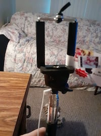 Phone holder with exstention pole