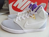 kobe lifestyle size 11.5 mint condition