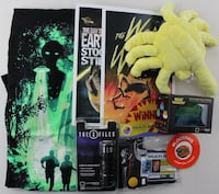 Never Opened NEW - Loot Crate January 2016 Invasion Bundle: The Fifth Element, Xfiles Boca Raton