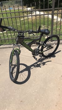 Mountain Bike with front bag Carthage, 64836