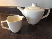 Tea pot and milk container