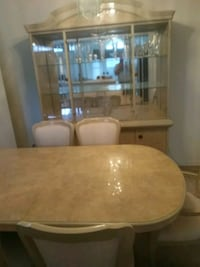 Dining room table chairs and China cabinet Orlando, 32835