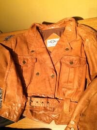 brown leather button-up jacket London, N5Y