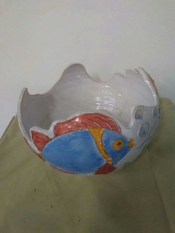 dea47db232a0c0 Used blue and white fish print base for sale in Rockford - letgo