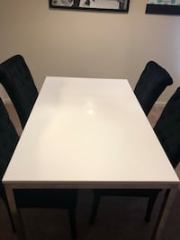 White Dining Table 56 km