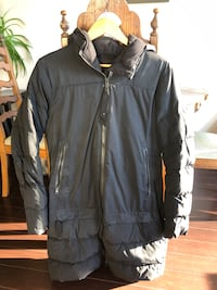 Lululemon winter jacket Vancouver, V6G 1S8