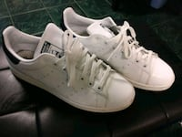 White and navy blue Stan Smith adidas size 11.5 Toronto, M6H 3S3