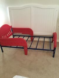 Toddler bed SOLD/ Headboard Only Brownsville, 78526