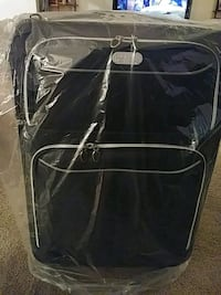 black and gray travel luggage 4 peice luggage set. Greater Landover, 20785