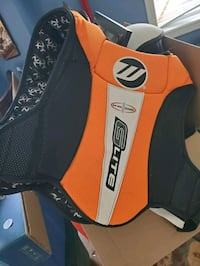 Mens xl cleansport nxt chest protector  Barrie, L4M 6Z9