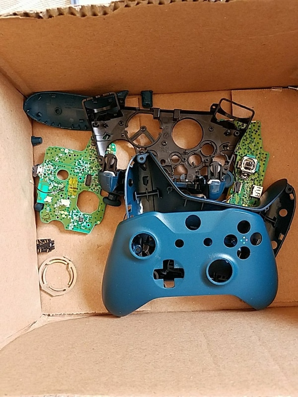 Used Xbox one controller parts and screwdriver kit for sale