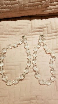 silver-colored chain necklace