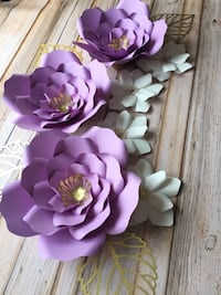 Purple white and gold paper flowers set