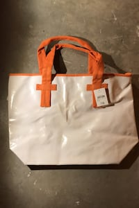 White large tote bag Winnipeg, R2K 2K5