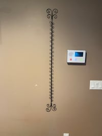 Wall-mounted Card/Picture Holder