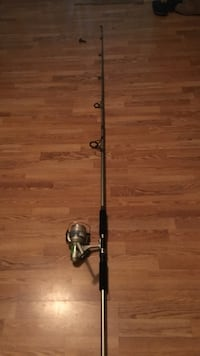 9foot deep sea fishing pole with reel   Manassas, 20112