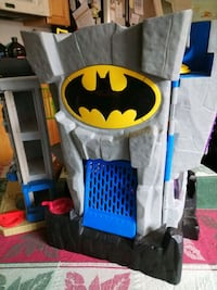 Two pieces Batman home all fully functional Mount Airy, 21771
