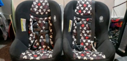 2 Mickey mouse car seats