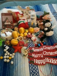 Gently used Christmas Decorations 10 km