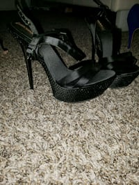 Size 7 Dallas, 75254