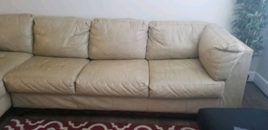 MUST GO!! Leather Sectional/ Ottoman. Make Offer 4b6bf670-3988-4a10-8dfb-4d3c55e192d1