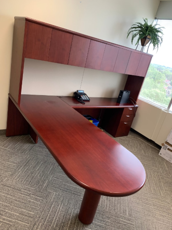 D Top Desk with Hutch  Excellent Condition