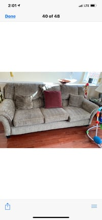 Living room furniture Upper Marlboro, 20774