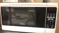 black and white Sunbeam microwave oven Silver Spring, 20910