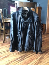 Men's leather jacket with Thinsulate removable liner   Inver Grove Heights, 55076