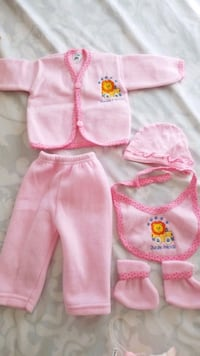 Baby clothes 0-3m new Waterford, 06385