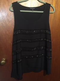 Like new ,Rock and Republic , studded top , size XL Milwaukee, 53220