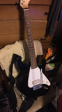 Black and white electric guitar Liberty, 16678