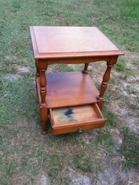 End table solid wood Casselberry, 32707