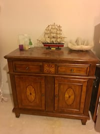 Beautifully Designed buffet/console table.  Gaithersburg