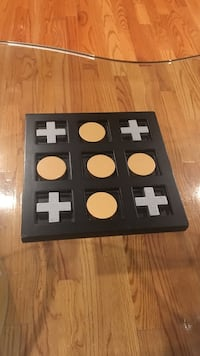 square black and beige game board Germantown, 20874