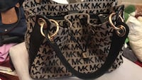 micheal kors purse Cincinnati, 45208