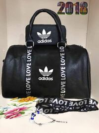 Tote bag Juicy Couture in pelle nera Cava de' Tirreni