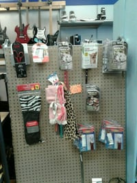 All dog supplies 25% off  Hagerstown, 21740
