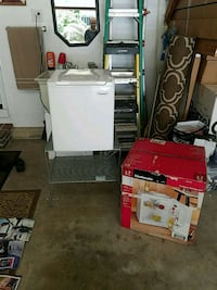 Small refrigerator with 2 metal shelves Fairfax, 22033