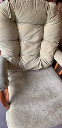 Enjoyable Used And New Glider Chair In Durham Letgo Camellatalisay Diy Chair Ideas Camellatalisaycom