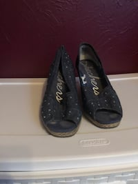 Blue sketcher wedges for woman. Size 10 Riverbank, 95367