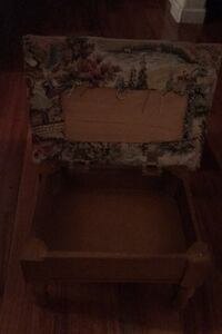 Vintage wood stool with compartment Manteca, 95336
