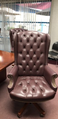 tufted black leather sofa chair Santa Fe Springs, 90670