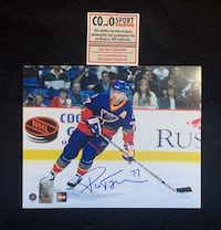 St louis blues pierre turgeon signed and framed photo Châteauguay, J6K 1Z5