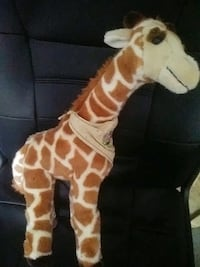 Giraffe stuffed animal Sacramento, 95823