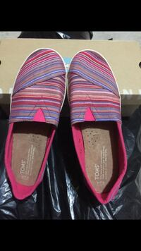 Pair of pink-and-black striped flats 3727 km