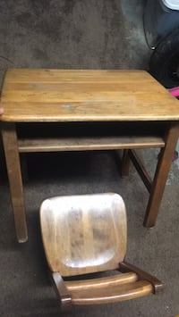 kids desk and chair Syracuse, 13219