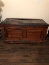 Restored Antique Chest- negotiable Woodbridge, 22191